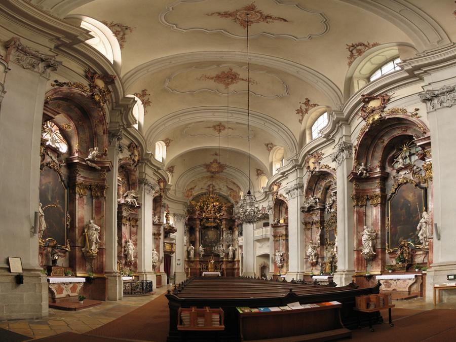 Rokokowy kościół Minorytów w Linz