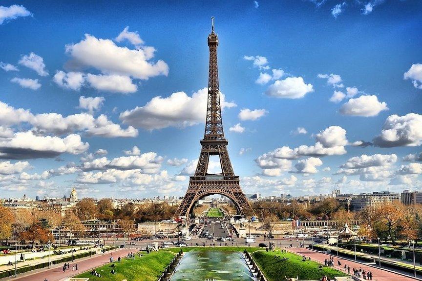 Wieża Eiffla, ikona stolicy Francji, Paryż