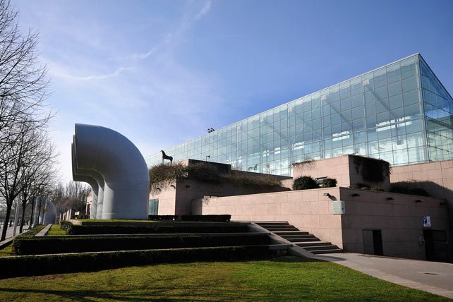 Muzeum Sztuki Nowoczesnej i Współczesnej w Sztrasburgu